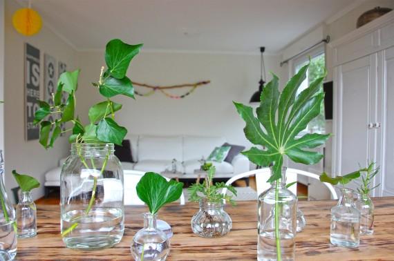 Sommerdeko: Blätter als Tischdeko