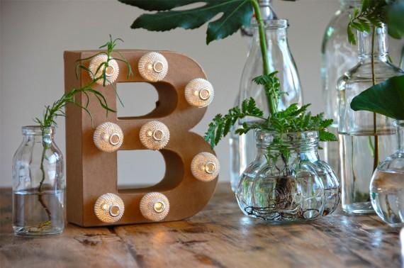 Buchstaben-Lampe