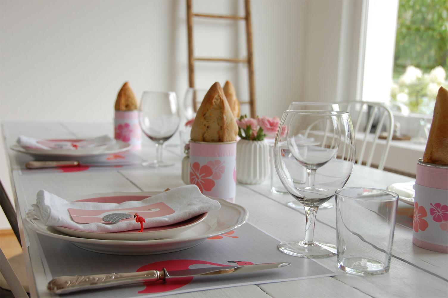Tischdeko mit Flamingos
