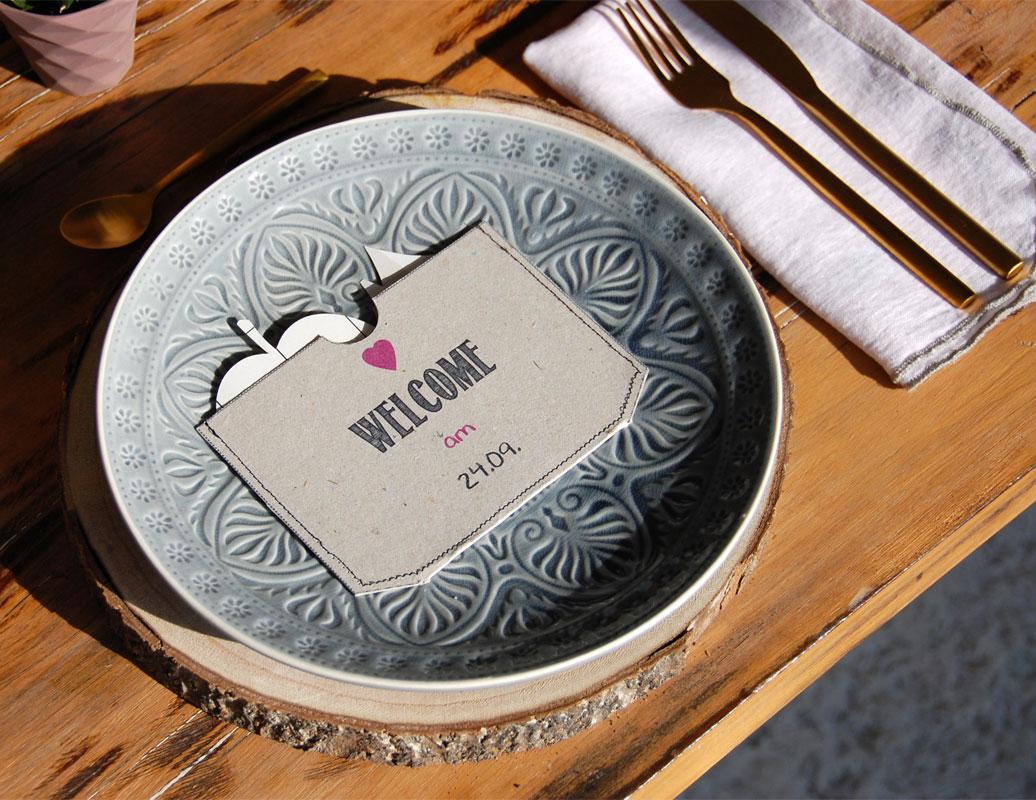 Tischdeko mit Baumscheiben