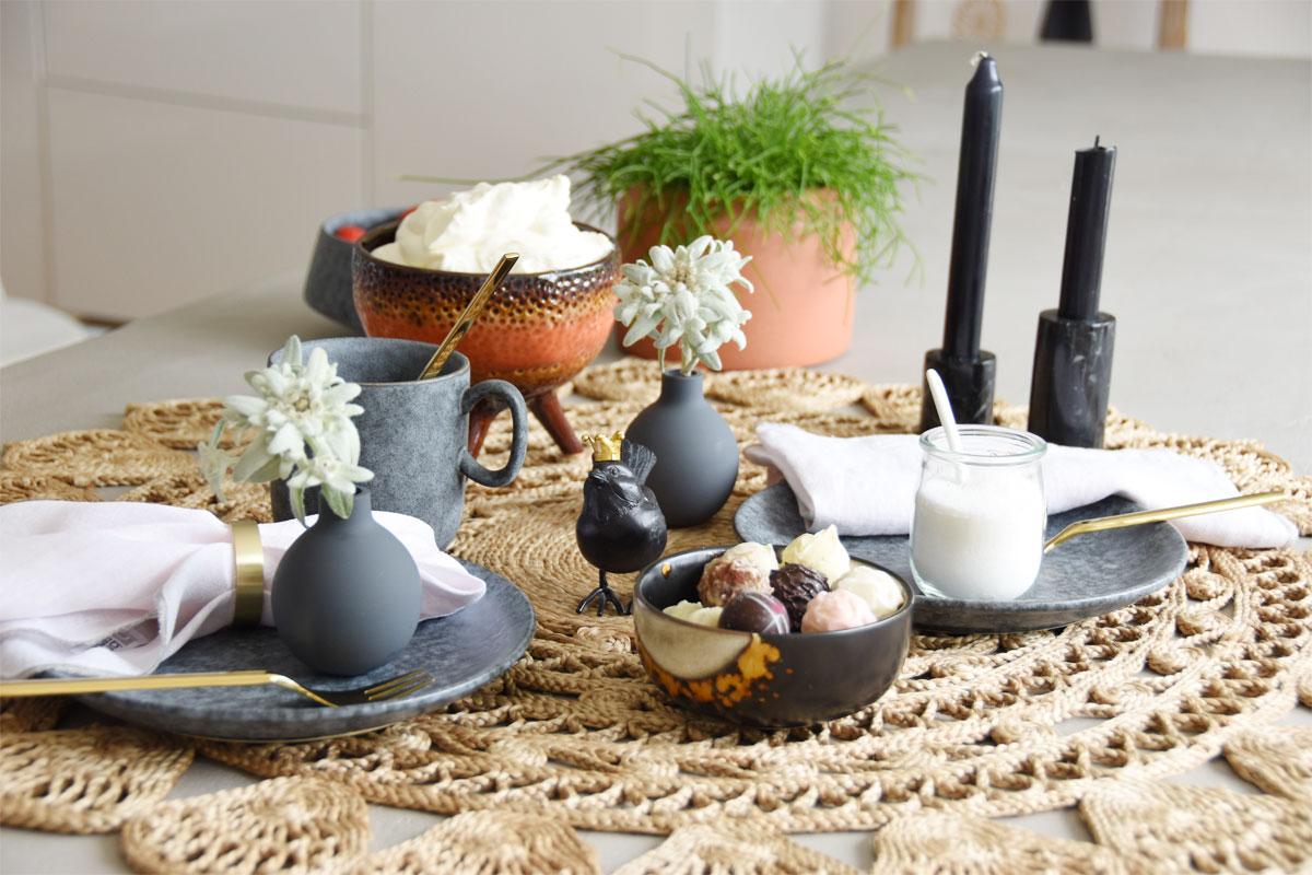 Tischdeko Kaffeetafel